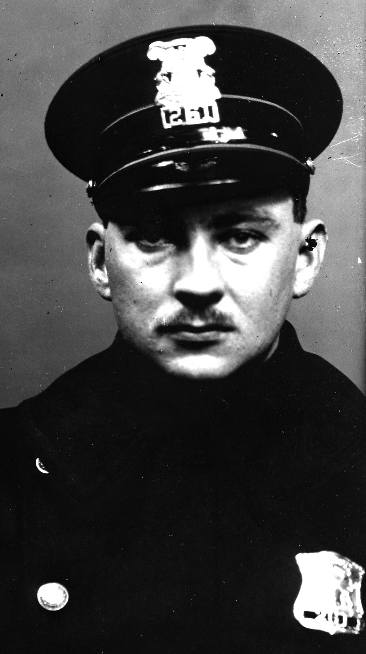 Police Officer Arthur R. Huhnke   Detroit Police Department, Michigan