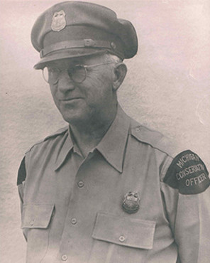 Conservation Officer Edward Carl Starback | Michigan Department of Natural Resources, Michigan
