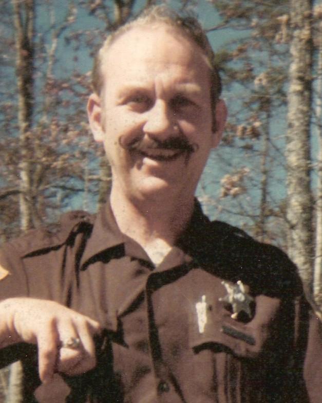 Park Ranger Paul Herbert Salyer   Breaks Interstate Park Police Department, Virginia