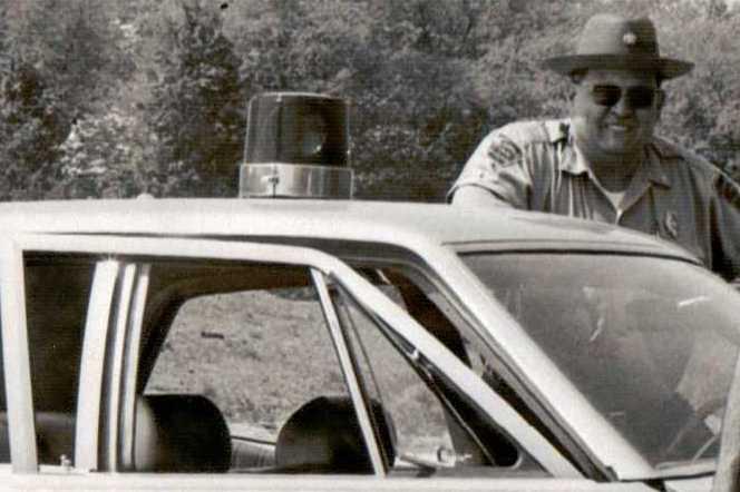 Patrolman Robert R. Walker   Hopewell Township Police Department, Pennsylvania