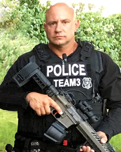 police officer garrett willis hull fort worth police department texas. Black Bedroom Furniture Sets. Home Design Ideas