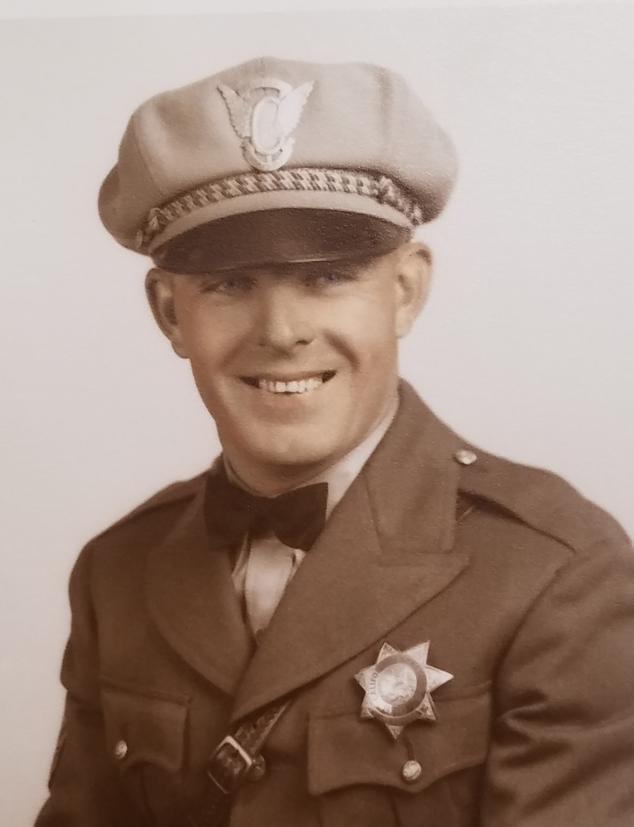 Officer Marion Paul Mengedoth | California Highway Patrol, California